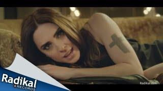 Baixar Matt Cardle & Melanie C - Loving You Music Video