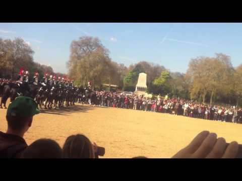 London Changing of the Guards 08.04.14
