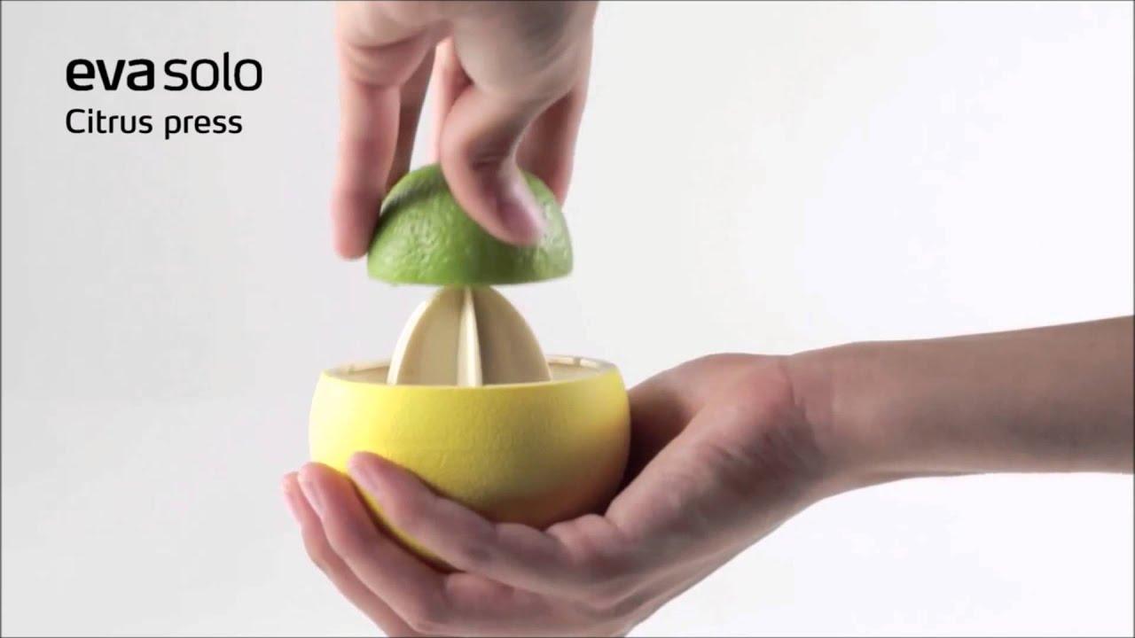 citrus presser fra eva solo youtube. Black Bedroom Furniture Sets. Home Design Ideas