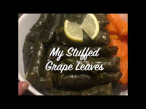 Stuffed Grape Leaves 🍁 Mashi طريقة تحضير المحشي بالطريقة العربية Vlog01