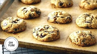 Professional Baker's Best Chocolate Chip Cookie Recipe!