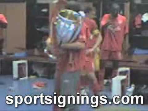 Liverpool FC players in changing room Istanbul Gerrard etc