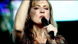 At the cross - Hillsong Live - from DVD Mighty to Save feat. Darlene Zschech HD