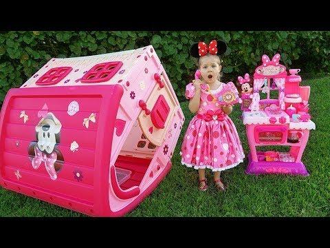 Diana Vai Ao Aniversário De Minnie Mouse