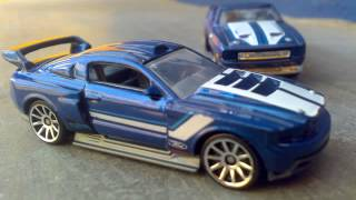 Video Newest 2013 Hot Wheel 71' Ford Mustang Boss 351 & Custom 12' Ford Mustang download MP3, 3GP, MP4, WEBM, AVI, FLV Juli 2018