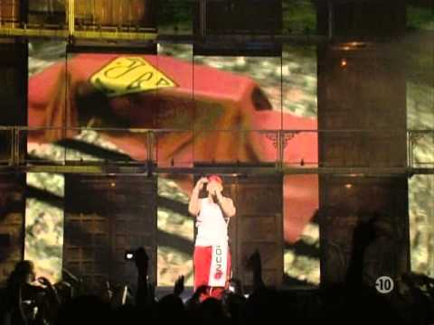 Eminem Live from New York City 2005 part 1
