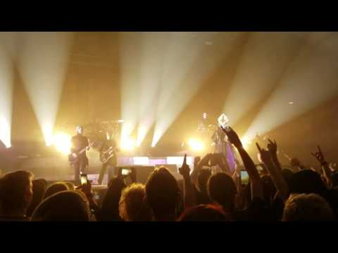 Ghost Live in Rochester 9/16/2016 Square Hammer
