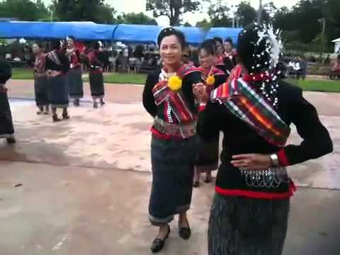 Nakkhonpanom Begin (Line Dance)