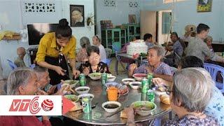 Thất thần bữa cơm chiều ở trung tâm dưỡng lão | VTC
