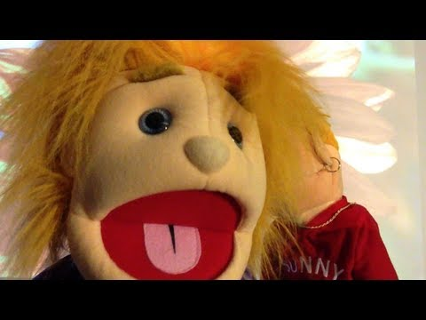 """John Stevens Sings """"Let's Fall In Love"""" From The Album """"Red"""" With Puppets!! HD"""