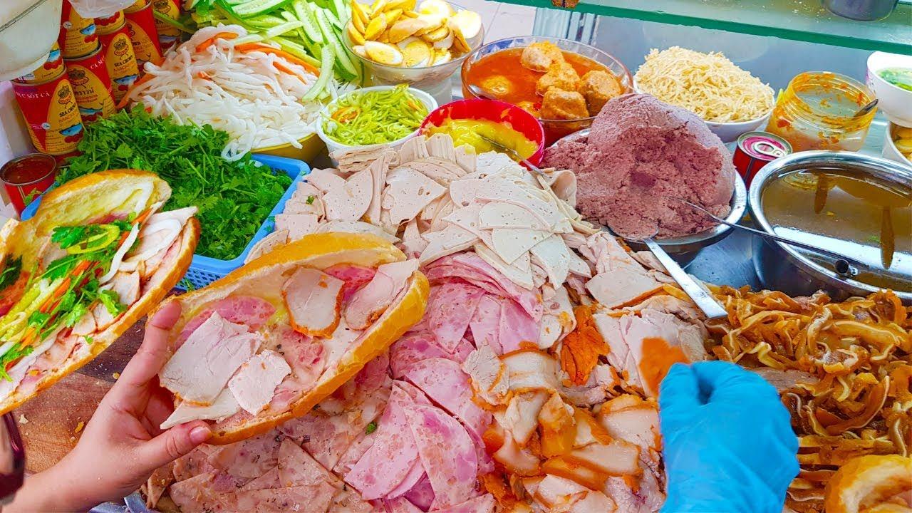 Xe bánh mì Pate Chợ Xóm Chiếu cực ngon tới 3 người bán Sài Gòn | street food saigon