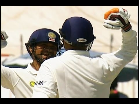 VIRENDER SEHWAG - INDIA'S FIRST TRIPLE CENTURION 309 vs Pakistan @ Multan 2004