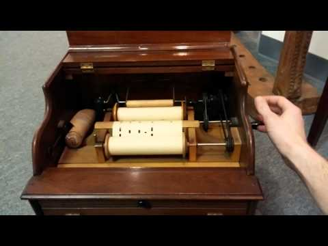 The Improved Mandolina - Antique music player