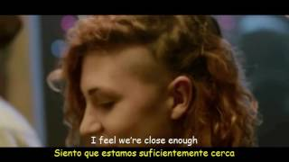 Disclosure - Latch feat Sam Smith (Lyrics & Sub Español) Official Video