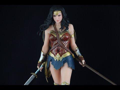 Kotobukiya Justice League ArtFX Wonder Woman Statue