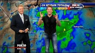 Wrestler Chris Jericho takes over FOX 10