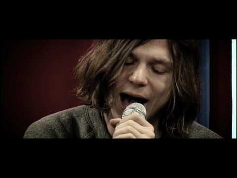 Studio Brussel: Cage The Elephant - Shake Me Down