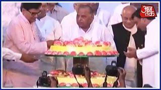 Mulayam Singh Yadav's Family Comes Together For Ram Gopal Yadav's Birthday