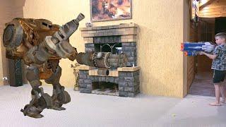 House Transformer Invasion Нерф против Трансформера Вторжение трансформера в дом