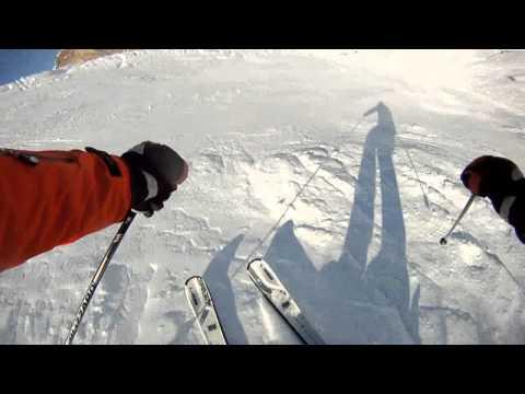 Спуск на горных лыжах с горы Hintertux (Хинтертукс)