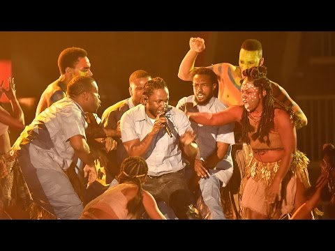 Kendrick Lamar Does INSANE Performance of 'The Blacker the Berry' & 'Alright' at Grammys 2016