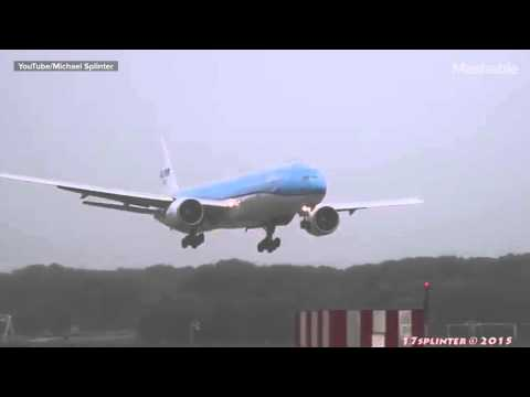 Terrifying video of a plane careening as it lands will make