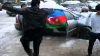 Лезгинка асссса Азербайджанцы от души танцуют(, 2010-10-10T19:42:02.000Z)