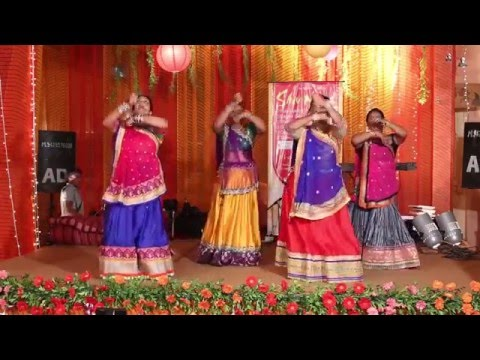 GARBA NIGHT DANCE PERFORMANCE - MANALIHIRALWEDDING