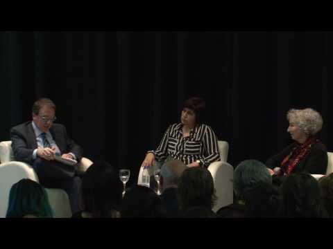 Conversación con la escritora y activista canadiense Margaret Atwood en el CBA