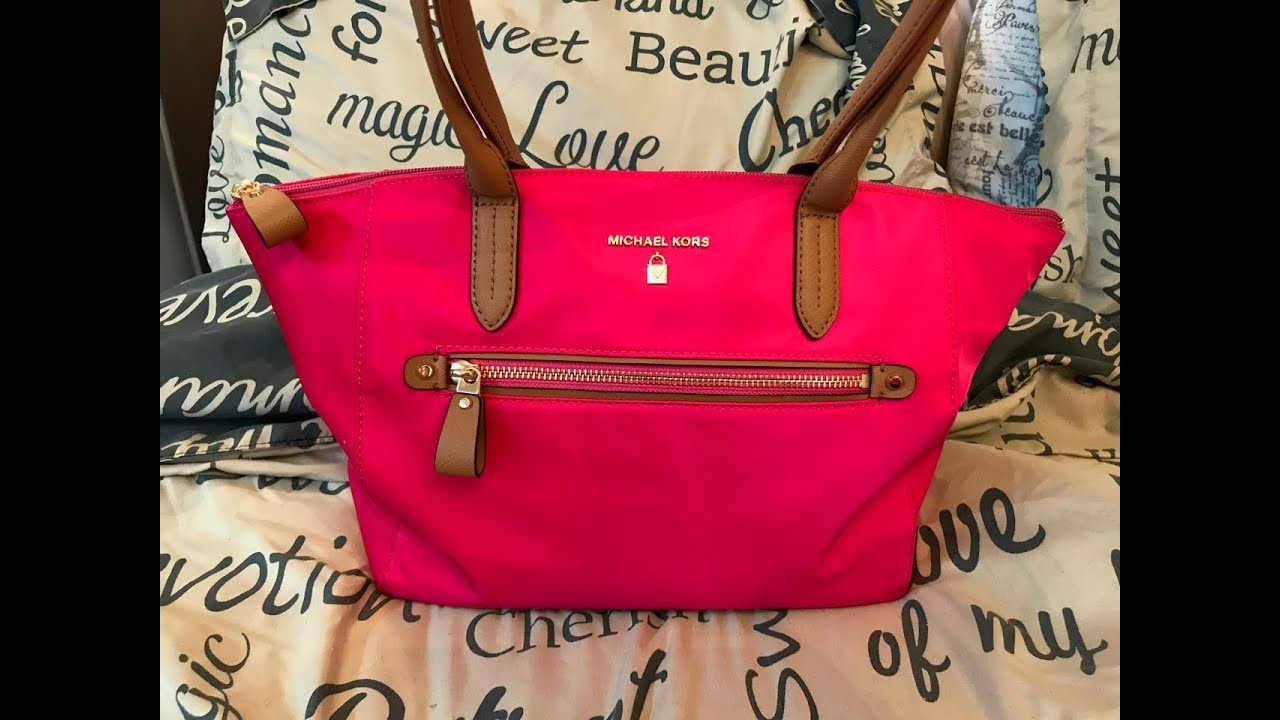 350e06cb06955e What's in my Michael Kors Kelsey Pink Tote Bag / Review - YouTube