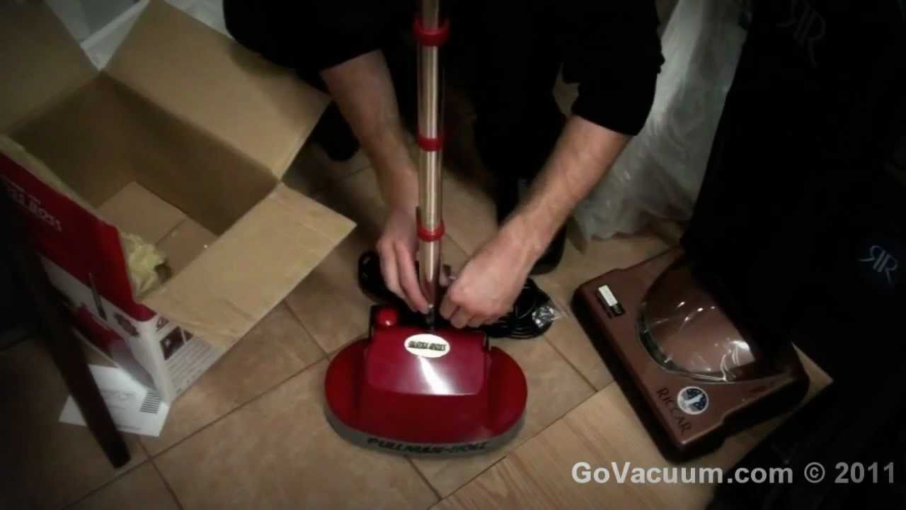 Pullman Holt GlossBoss Gloss Boss B200752 Opening And Assembly Review By  GoVacuum