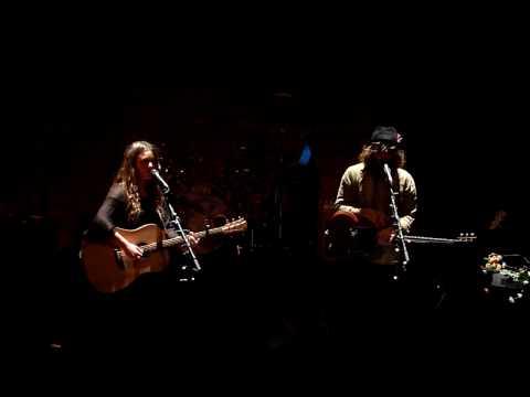 Angus & Julia Stone - Santa Monica Dream @u Café de la Danse