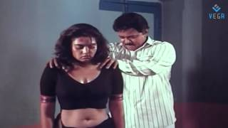 Repeat youtube video Thambikku Oru Pattu Movie   Silk Smitha Police Officer Scene