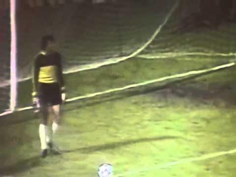 Bordeaux 1 - 0 Universitatea Craiova   (24-11-1982)  Coupe UEFA
