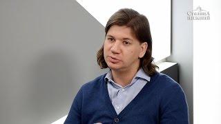 Мультимедийную выставку «Великие импрессионисты» обсуждаем с ее организатором Максимом Волковым