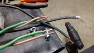 видео Точечная сварка из микроволновки
