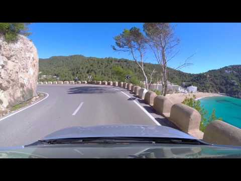 Roadtrip Ibiza by car