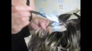 видео Как правильно сделать мелирование на светлые волосы? Техники и виды мелирования.