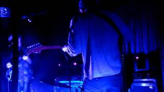 Unknown Mortal Orchestra - little blu house(live kings arms)