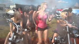 АВТОЭКЗОТИКА 2010 :: Kristelle и девчонки зажигают