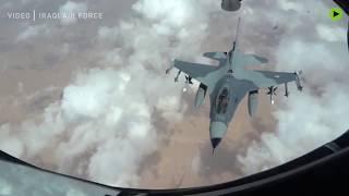 Rare shots of Iraqi fighter jet refueling