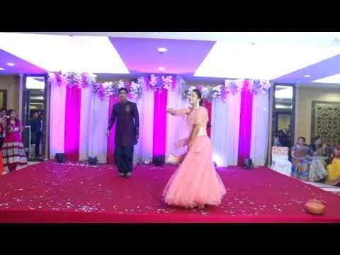 Tenu Leke mai jawanga Indian Wedding Dance at Sangeet Ceremony: Bride & Groom