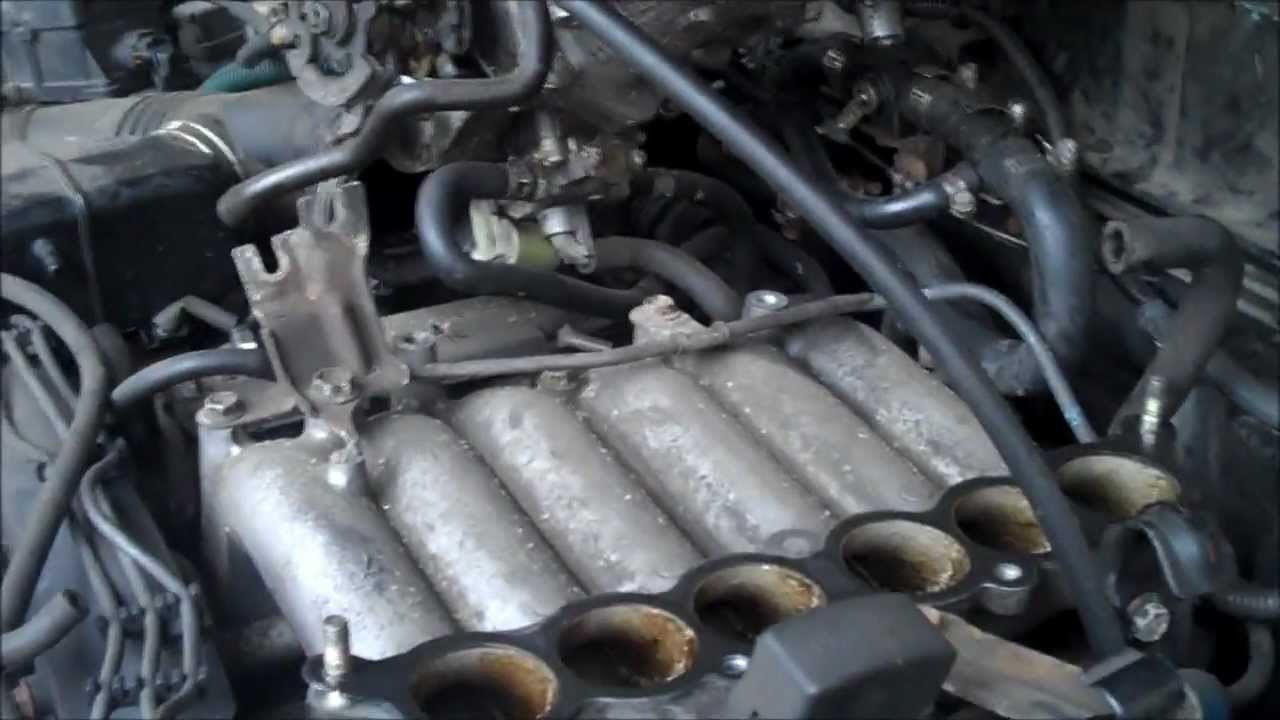 fuel injector replacement 1997 toyota 4runner 3 4l 6 cyl youtube rh youtube com Toyota Avalon Interior 2000 Toyota Avalon Side View