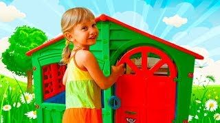 Alena's birthday! Alena and Pasha play fun with magic playhouse