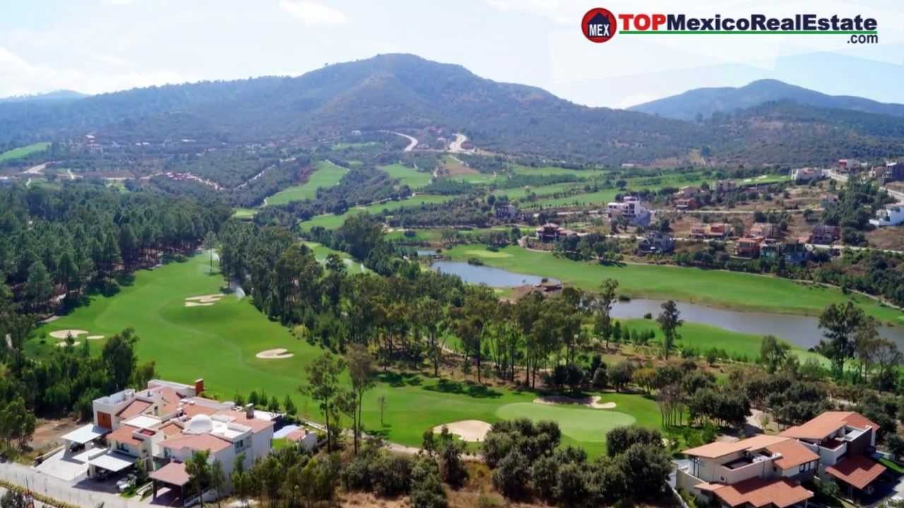 Golf R Estate >> Vivalto Video Tour - Luxury Condos for Sale in Morelia - Altozano Golf Course - YouTube
