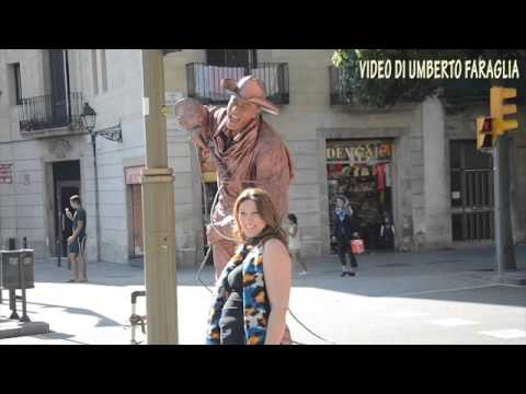 Street artists on La Rambla Barcelona Spain -Tourist Information - Video Umberto Faraglia