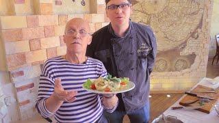 Николаич готовит к 8 марта Фаршированные кальмары