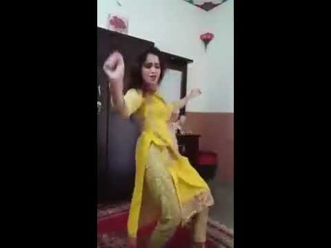 A Nice Pakistani Girl Home Dance