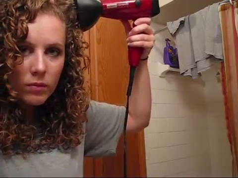 curly-hair-tutorial--secrets-to-pretty-curls