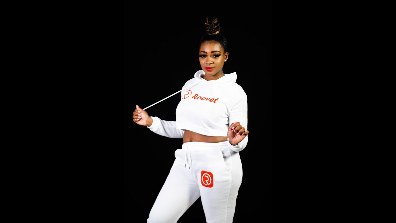 Roovet 2 Piece Outfits Pants Sweat Suits For Ladies Crop Top Hoodie And Jogger Sets